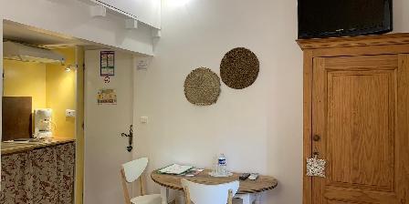 Bastide Sainte Agnès Kitchen Gite L'Olivier