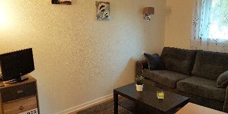 Appartement 126 Rez de Jardin COIN SALON+ BANQUETTE LIT 2 PERSONNES