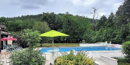 Domaine de Nauze-Fauvel - La Source The pool