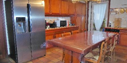 Domaine de Nauze-Fauvel - La Source The kitchen
