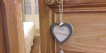 Au Coeur des Eléments A refines bourgeois house