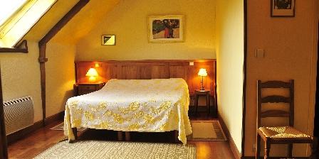 Chambres d'Hôtes au Vieux Moulin La chambre Jaune