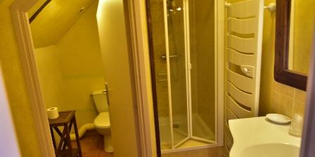 Chambres d'Hôtes au Vieux Moulin Salle d'eau et WC privés