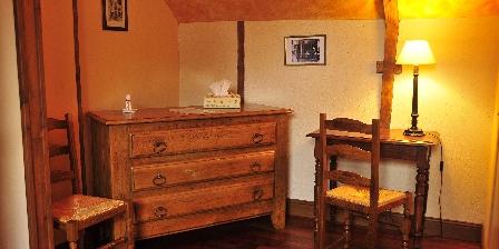 Chambres d'Hôtes au Vieux Moulin Mobilier authentique
