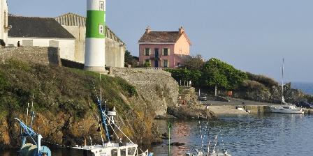 Chambres d'Hôtes au Vieux Moulin Le phare de Doelan