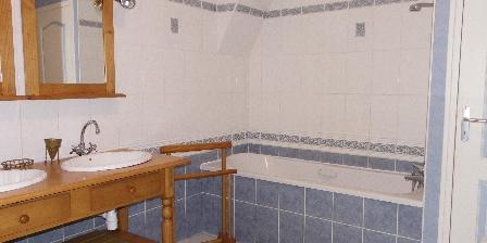 Gîte à La Ferme Salle de bain étage