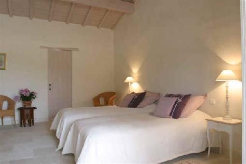 Chambre d 39 hote mas pomona chambre d 39 hote vaucluse 84 for Chambre d hote vaucluse