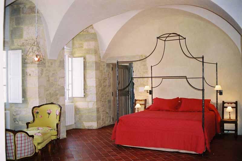 Chambres d'hotes Vaucluse, à partir de 100 €/Nuit. La Roque sur Pernes (84210 Vaucluse)....