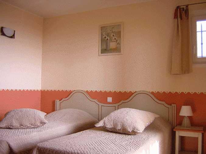 Les burlats saint saturnin les apt chambres d 39 h tes for Chambre d hotes vaucluse