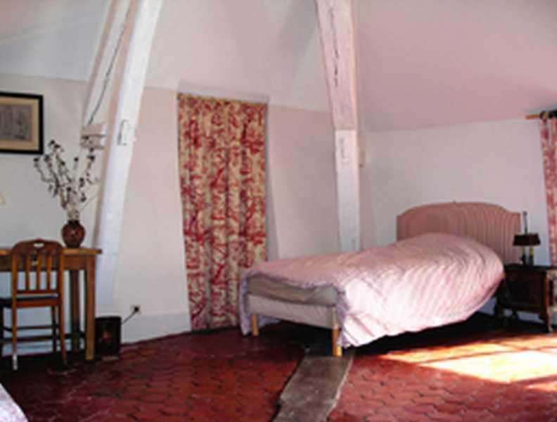 Chambre d 39 hote l 39 orangerie chambre d 39 hote seine et marne for Chambre hote 77