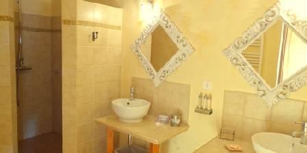 La Bastide de Font-Clarette Salle de bain chambre Hibiscus