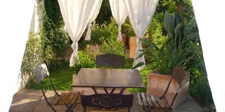 La Bastide de Font-Clarette Terrasse de la chambre Bois de Rose