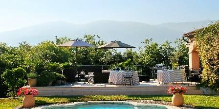 Gite La Cigalière > Terrasse solarium > Cliquez ici pour agrandir cette photo