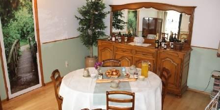 La Claire Fontaine Salle petit dejeuner