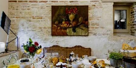 La Ferme de Marie-Eugénie Vue de la cuisine vers le salon