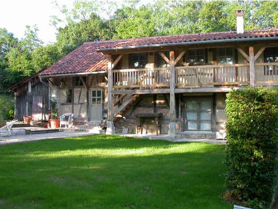 Bed & breakfasts Saône-et-Loire, from 115 €/Nuit. Farm, Bruailles (71500 Saône-et-Loire), Charm, Guest Table, Garden, 4 Double Bedroom(s), 8 Maximum People, Lounge, Computer, Gites De France 3 épis, horseriding, Cycle, Bowls, Co...