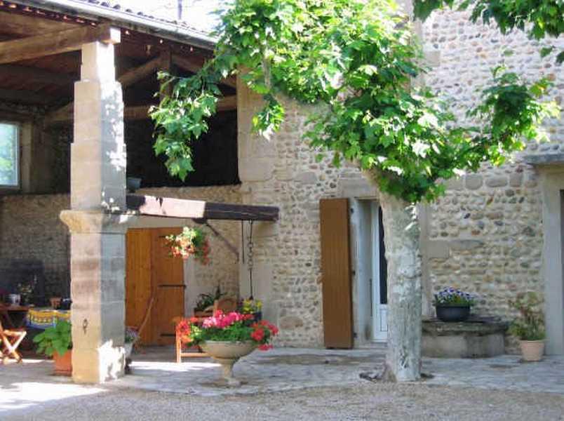 Chambre d'hote Drôme - La cour