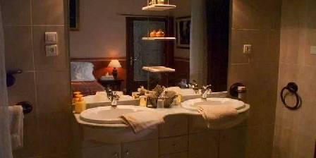 La Fontaine des Arts Une salle de bain