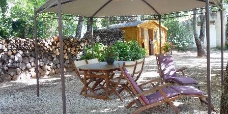 La Lézardière Cabane Dinette