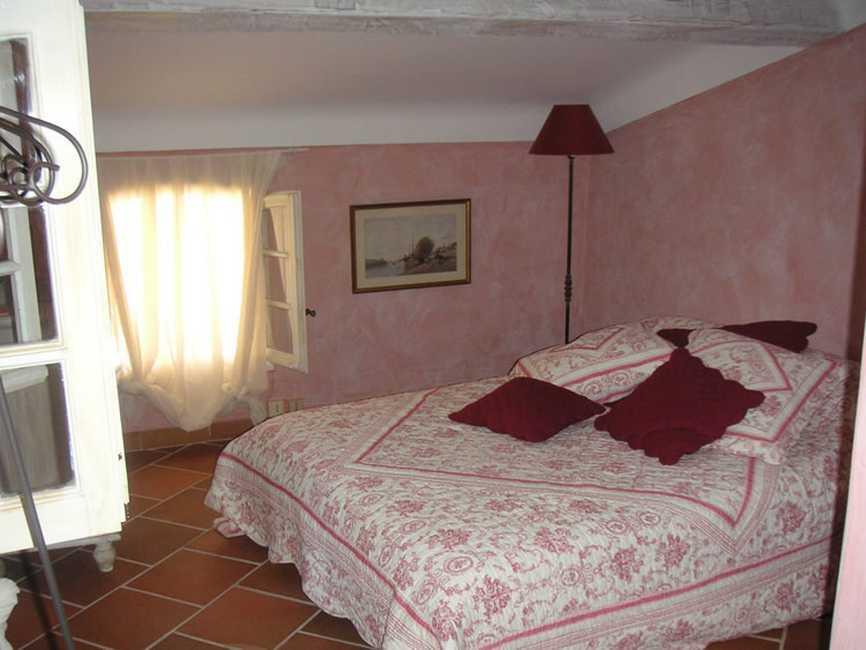 chambre d 39 hote la licorne chambre d 39 hote var 83 provence alpes cote d 39 azur album photos. Black Bedroom Furniture Sets. Home Design Ideas
