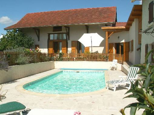 Bed & breakfasts Isère, from 61 €/Nuit. House of character, Corbelin (38630 Isère), Charm, Guest Table, Swimming Pool, Garden, Net, WiFi, Baby Kits, 3 Double Bedroom(s), 9 Maximum People, Lounge, Library, Chimeney, Comp...