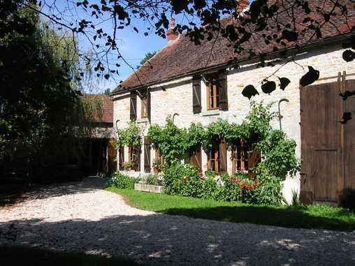 Chambres d'hotes Yonne, à partir de 50 €/Nuit. Brosses (89660 Yonne)....