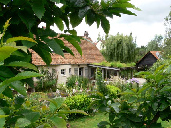 Bed & breakfasts Pas-de-Calais, from 78 €/Nuit. House of character, La Madelaine-sous-Montreuil (62170 Pas-de-Calais), Charm, Garden, Net, WiFi, T.V., Parking, 2 Double Bedroom(s), 5 Maximum People, Cycle, Country View, No Smok...