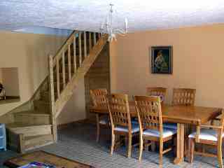 bed & breakfast Manche - Guests dining room and private staircase