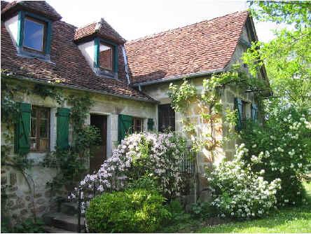 Chambres d'hotes Corrèze, à partir de 75 €/Nuit. Marcillac la Croze (19500 Corrèze)....