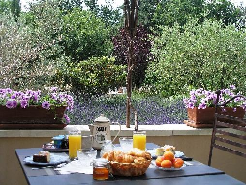 Chambre d'hote Vaucluse - les petits déjeuners