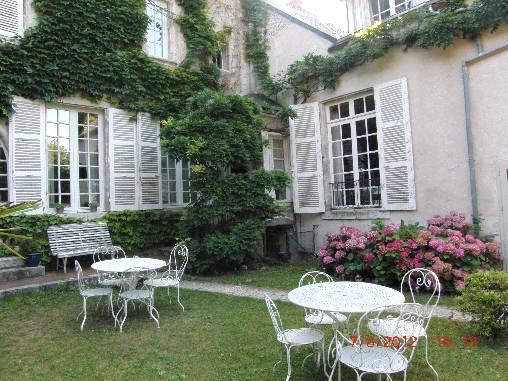 Chambres d'hotes Loir-et-Cher, à partir de 72 €/Nuit. Mer (41500 Loir-et-Cher)....