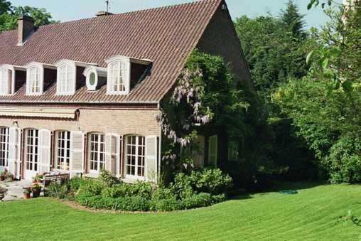 une chambre d 39 hotes lille le jardin d 39 alix chambres d 39 hotes de charme lille 59200. Black Bedroom Furniture Sets. Home Design Ideas