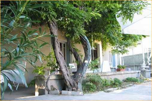 Chambres d'hotes Vaucluse, à partir de 70 €/Nuit. Aubignan (84810 Vaucluse)....