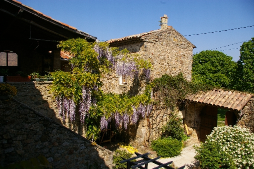 Bed & breakfasts Ardèche, from 65 €/Nuit. Farm, Chassiers (07110 Ardèche), Charm, Guest Table, Garden, Park, Parking, 6 Double Bedroom(s), 28 Maximum People, Chimeney, Travel Cheques, Cycle, Seminars, Trainings, Mountain ...