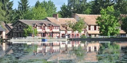 Le Moulin de Villiers Le Moulin de Villiers vue depuis l'étang