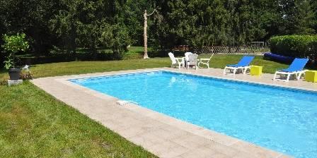 Le Moulin de Villiers La piscine