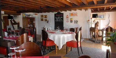 Le Moulin de Villiers La salle de restaurant