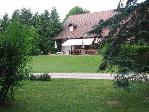 La Maison nichée dans la verdure