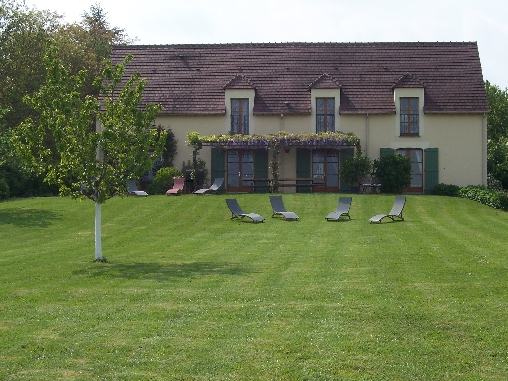 Bed & breakfasts Yonne, from 69 €/Nuit. House of character, Villiers sur Tholon (89110 Yonne), Charm, Guest Table, Garden, Net, WiFi, Baby Kits, Air-Conditioning, 4 Double Bedroom(s), 10 Maximum People, Lounge, Kids Gam...