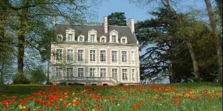 Gite Le Relais de La Herserie > Le Château au printemps
