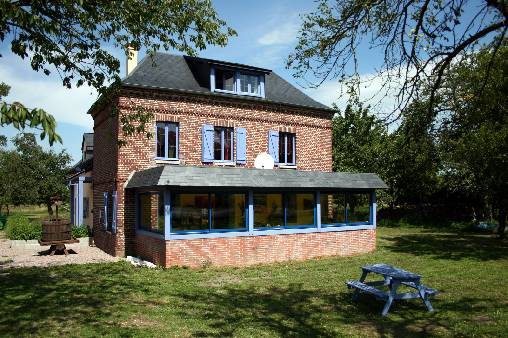 Bed & breakfasts Seine-Maritime, from 52 €/Nuit. House/Villa, Unusual, Jumièges (76480 Seine-Maritime), Charm, Guest Table, Garden, Disabled access, Net, WiFi, Baby Kits, 3 Single Bed(s), 1 Double Bedroom(s), 1 Suite(s), 15 Maxi...