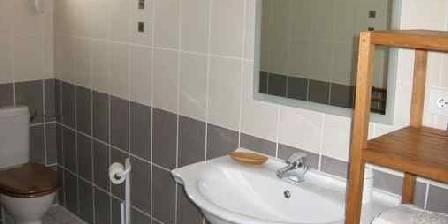 Les Charmilles La salle de bain