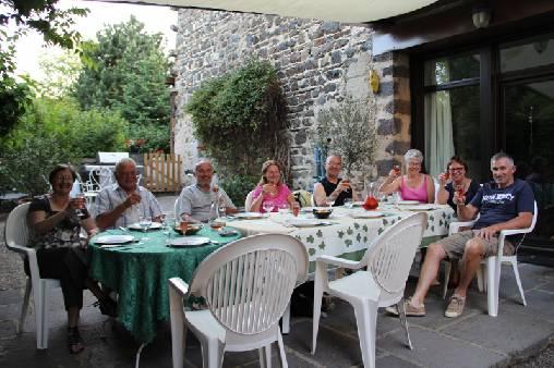 terrasse sud pour les repas d'été