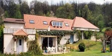 Les Hauts de La Vaucouleurs Residence in the middle of forest