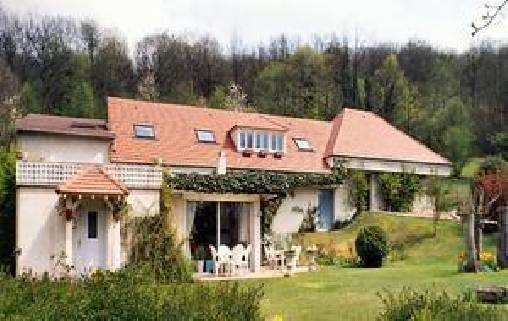 Bed & breakfasts Yvelines, from 65 €/Nuit. House/Villa, Auffreville-Brasseuil  (78930 Yvelines), Charm, Garden, Park, Net, WiFi, T.V., Baby Kits, Parking, Air-Conditioning, 3 Double Bedroom(s), 9 Maximum People, Lounge, Li...