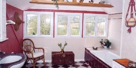 Chambre d'hotes Les Hauts de La Vaucouleurs > Salle de bains