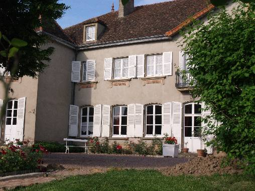Bed & breakfasts Saône-et-Loire, from 79 €/Nuit. House of character, Marcigny (71110 Saône-et-Loire), Charm, Guest Table, Swimming Pool, Garden, Net, WiFi, T.V., Baby Kits, Parking, 3 Single Bed(s), 2 Double Bedroom(s), 15 Maxim...