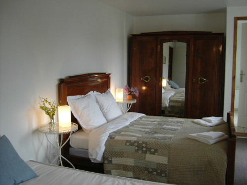 bed & breakfast Cantal - Large triple with balcony 'Elanceze'