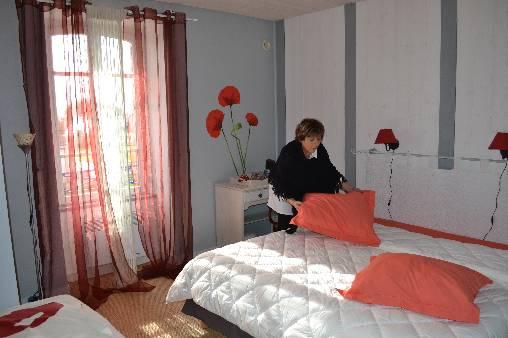 chambre 2 avec l hotesse