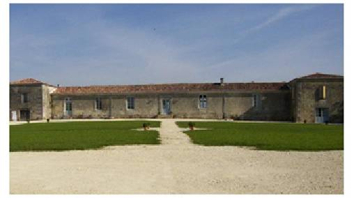 Bed & breakfasts Charente-Maritime, from 98 €/Nuit. Castle, Saint Bris des Bois (17770 Charente-Maritime), Charm, Luxury, Swimming Pool, Garden, Park, Disabled access, Net, WiFi, Baby Kits, 4 Double Bedroom(s), 1 Suite(s), 15 Maxim...